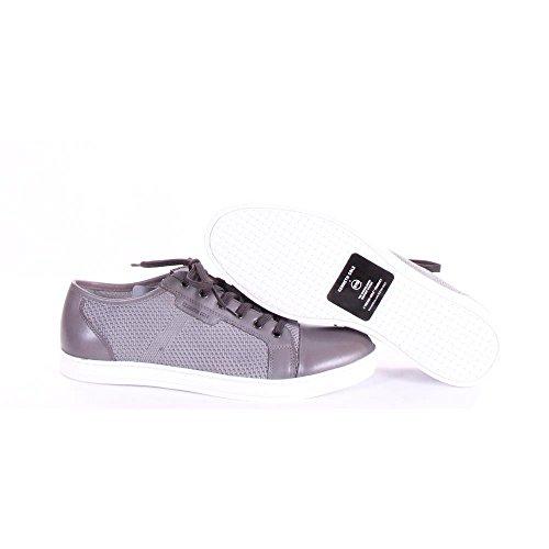 Kenneth Cole Brand Sneaker B Shoes 9 M US Men Light Grey image https://images.buyr.com/ePtfFwfmgnudxy7-eTPWzw.jpg1